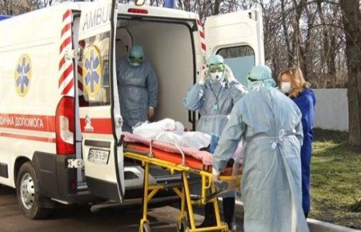 Немає жодних симптомів, хіба, що втома: польський лікар зробив сенсаційну заяву про коронавірус
