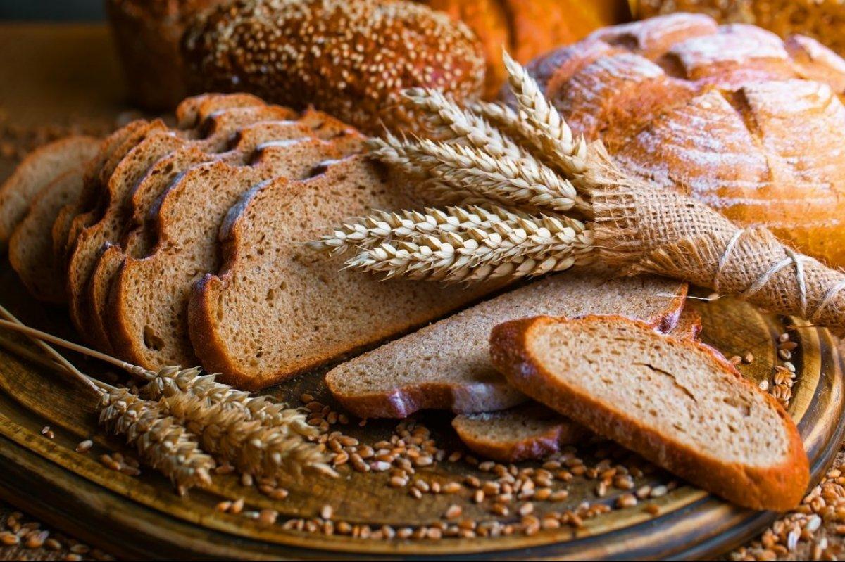 Чи можна їсти хліб на дієті? Дієтолог розповіла важливі деталі