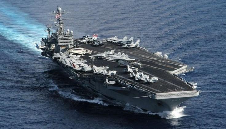 Очільник ВМС США подав у відставку після скандалу зі спалахом коронавірусу наавіаносці
