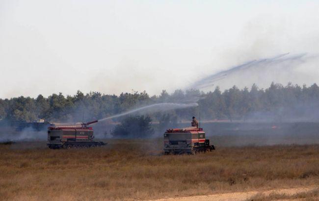 Під час навчань на півдні України загорівся військовий полігон: фото