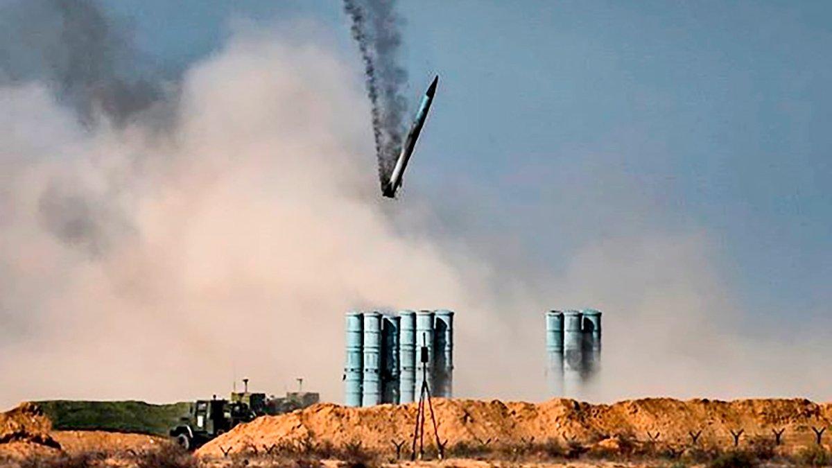 """""""Йо* твою мать"""": росіяни невдало запустили ракету С-400 і ледь не вбили своїх військових – відео"""