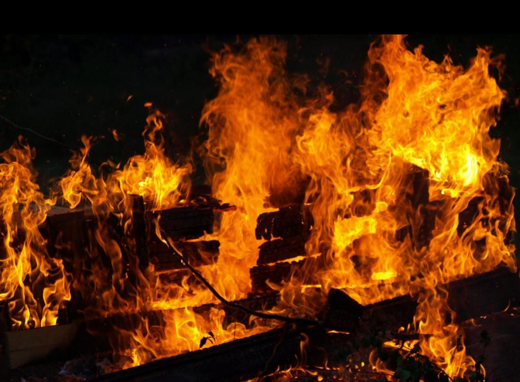 У Польщі у готелі заживо згоріла заробітчанка з України