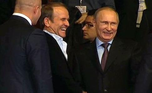 """""""Це гірше, ніж Партія регіонів"""": скандальні деталі про лідера ОПЗЖ Медведчука"""