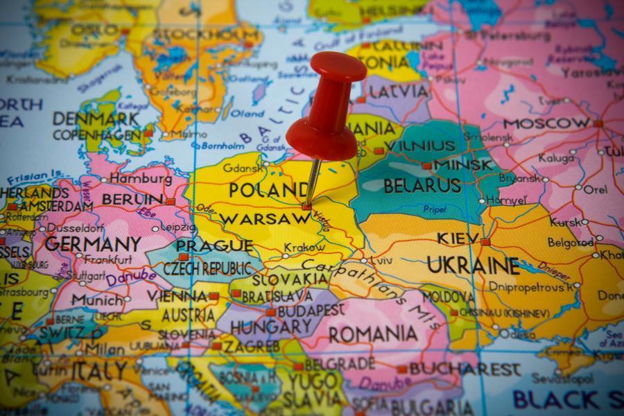 Мав сидіти на карантині: у Польщі під час затримання поліцією помер українець