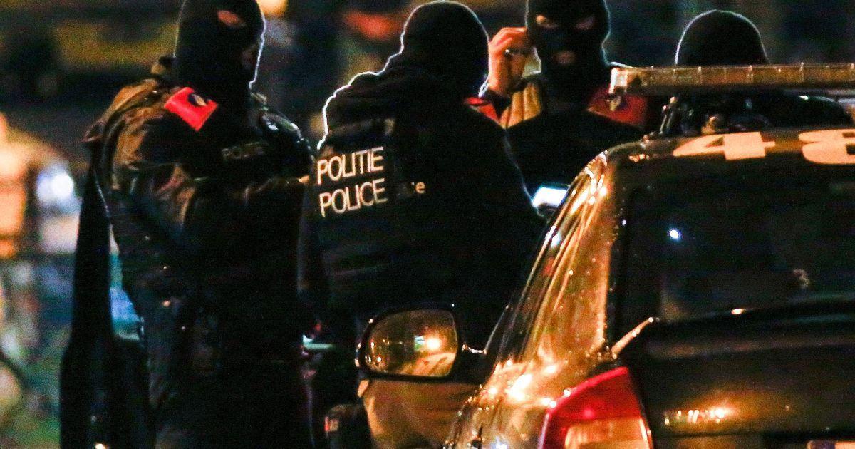 Поліція припинила оргію з 52-х учасників, бо порушує карантин