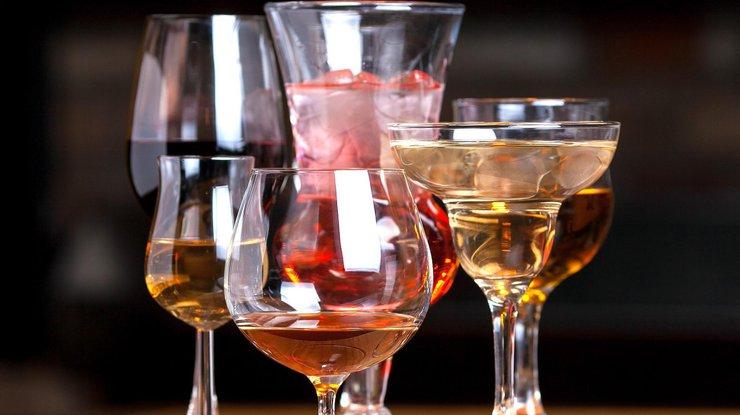 Три правила від експерта: як не купити алкогольну підробку на новорічний стіл