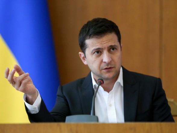 Президент: у випадку війни з Росією в Україні будуть мобілізовані і чоловіки, і жінки