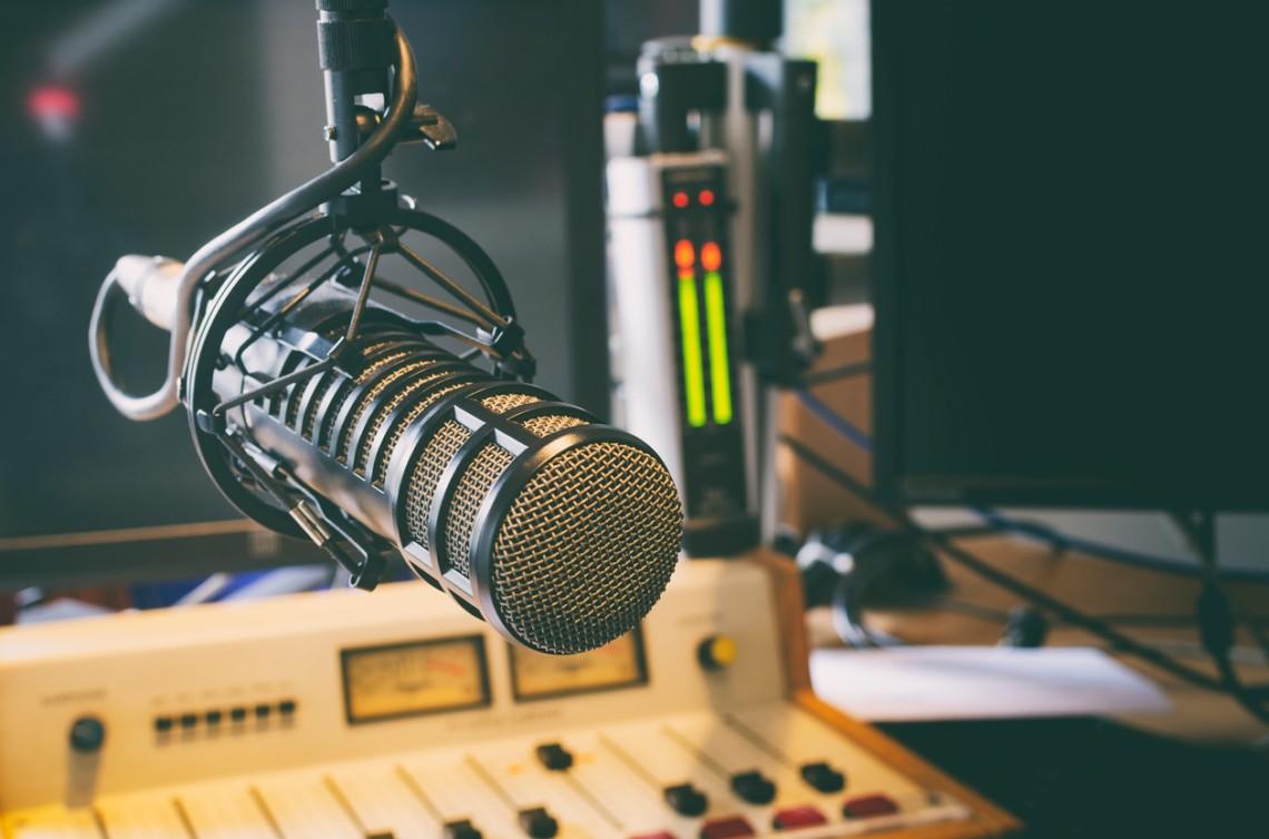 Чотири радіостанції оштрафували за порушення мовних квот
