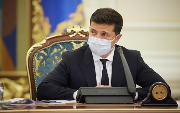 Зеленський прокоментував чутки щодо підпільної вакцинації
