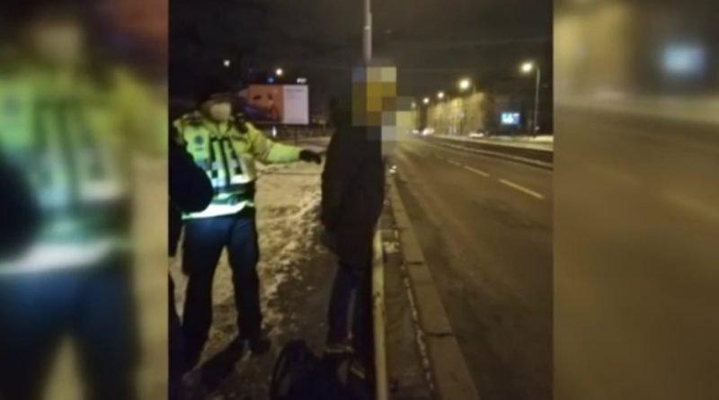 """П'яний українець їхав у трамваї у Празі з сокирою: """"хотів відрубати голови"""""""