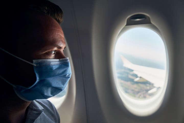 У січні відразу кілька країн змінили правила в'їзду для туристів через коронавірус