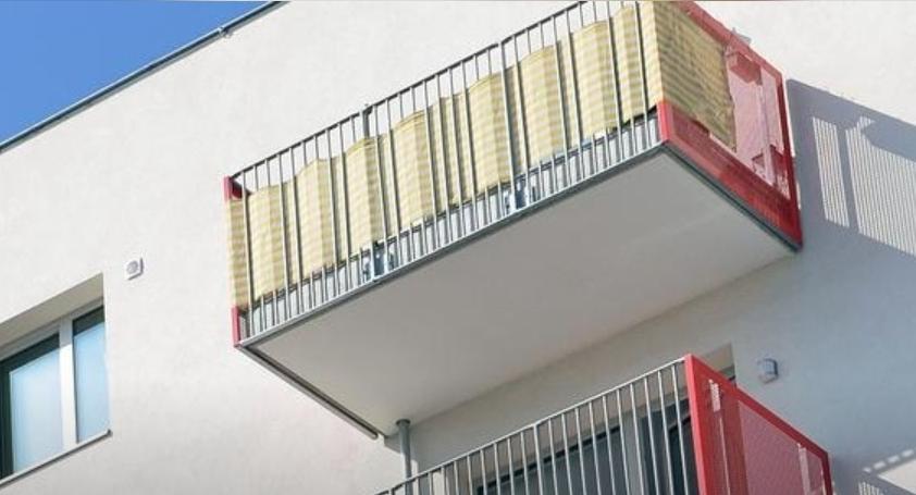 У Польщі 5-річна дівчинка з України випала з четвертого поверху