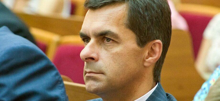 Голова «Укрзалізниці», який отримує щомісяця 625 тисяч гривень, важає свою зарплату малою