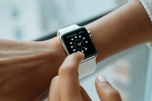 Вибух смарт-годинника на руці школярки: нові подробиці